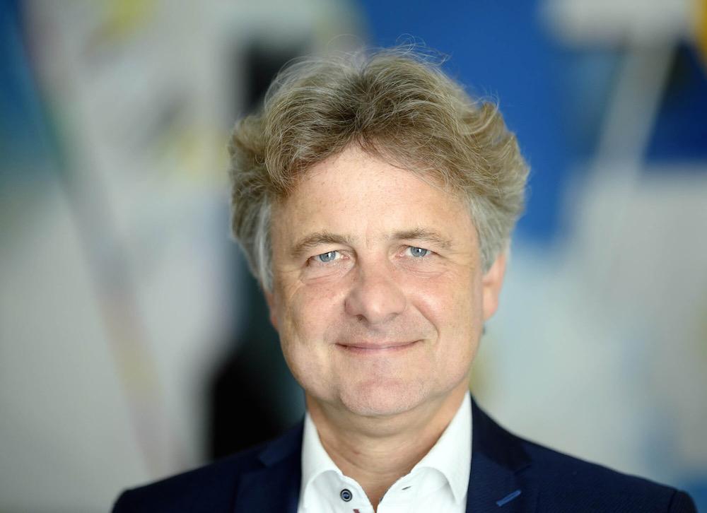 "Bild: Ullrich Eidenmüller im Talk mit OB Dr. Frank Mentrup -  ""Sweet Home Lounge""  streaming"