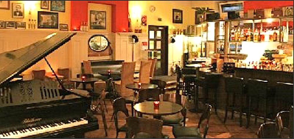Bild -  Hemingway Lounge Streaming