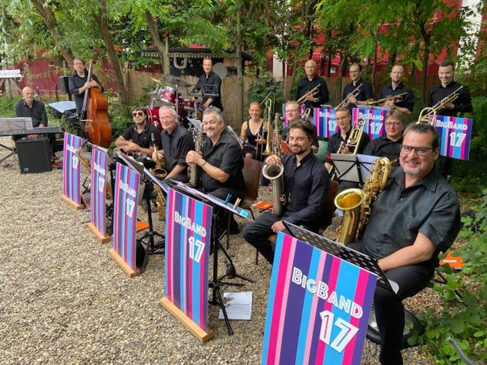 Bild - Heidelberger Big Band 17 - Open Air