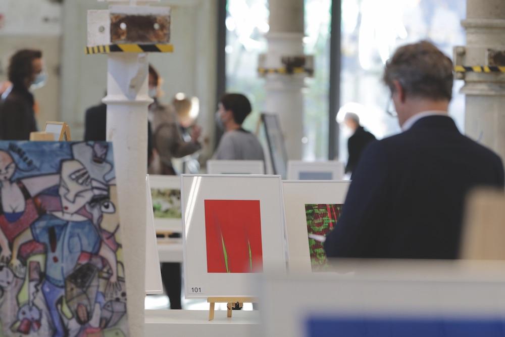 Bild: Benefiz-Kunstauktion für aids-Hilfe