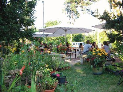 Bild: fünf - Restaurant - WeinBar -Kneipe